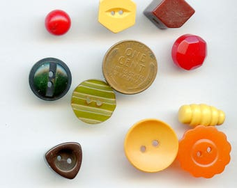 Bakelite Buttons - Colorful Lot of (10) Vintage Variety Shapes and Sizes Antique 3530