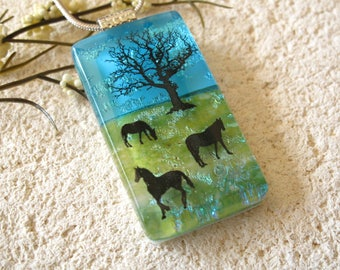 Horse Necklace, Fused Glass Jewelry, Dichroic  Pendant, Dichroic Glass Jewelry, Equestrian Jewelry,Blue Green Horse Necklace,  050817p100