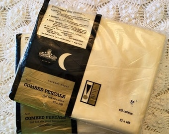 HOLIDAY SALE - Set Vintage Butter Yellow Combed Percale Sheet Set - Harmony House - Flat and Fitted - All Cotton Percale