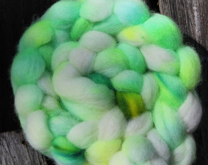 Kettle Dyed Cheviot Wool Top.  Easy to spin. 4oz  Braid. Spin. Felt. Roving. C209