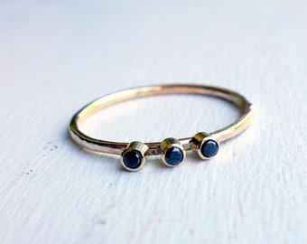 Black Diamond Trio Band in 14k Yellow Gold
