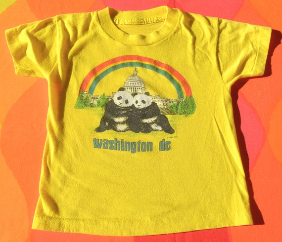 vintage 80s children's tee PANDA BEARS washington dc zoo rainbow t-shirt youth Small 4 kids soft animals