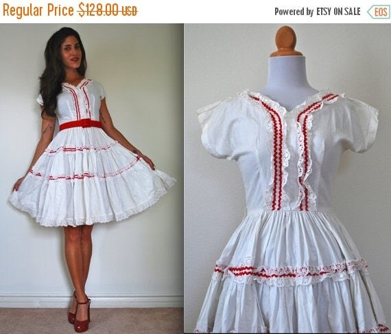 SALE SECTION / 50% off Vintage 50s Penny Candy Rockabilly Circle Dress
