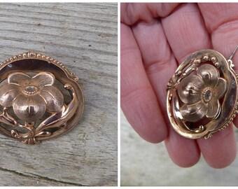 Vintage Antique 1890/1900 Victorian gold plated floral brooch