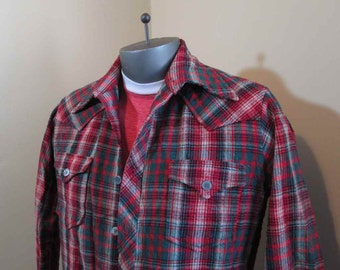 Tartan Plaid Shirt Vintage 50s Shirt Wool plaid 50s Cowboy Shirt Plaid hunting Red and Green plaid wool shirt Green tartan plaid shirt S