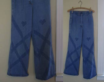 Faded 70s High waist Jeans Vintage 1970s blue denim Bell bottom Flares distressed 70s bell bottom jeans M 28 waist