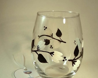 Hand Painted Black and White Vine Stemless Wine Glass