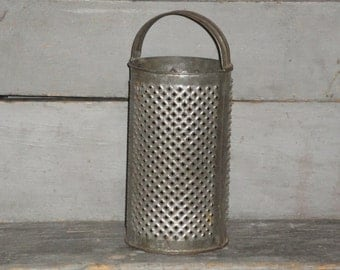 Large Old Tin Round Grater | Vintage Round Grater | Antique Tin Grater | Primitive Round Tin Grater