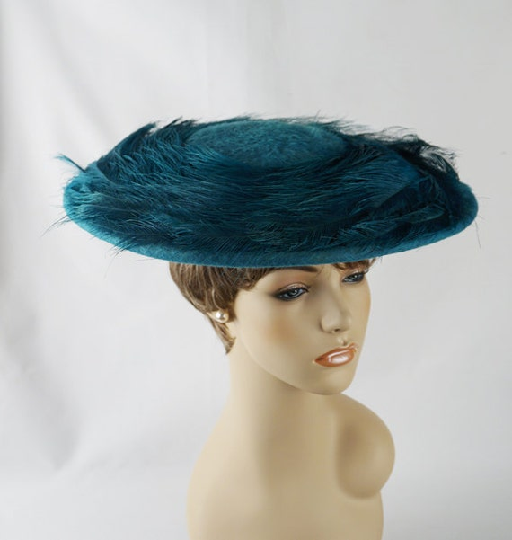 Vintage 1950s Hat Teal Faux Fur and Ostrich Feather Platter by Lisa