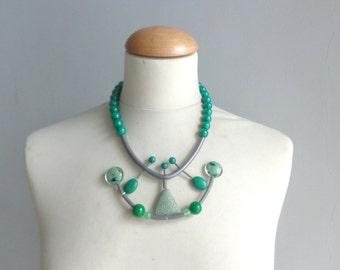 Green rubber statement necklace, gemstone green necklace, geometric necklace, green bib necklace