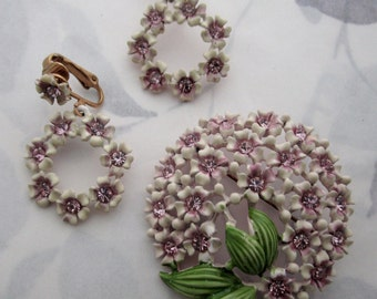 vintage rhinestone cold enamel purple hydrangea flower demi parure set brooch pin and clip on earrings - j6435