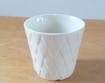 Vintage Ivory Flower Pot • Small USA Planter Flowerpot • Off White Diamonds Planter