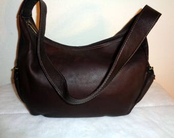 vintage Thick vegetable tanned leather tote bag simple functional made in Colombia, eggplant color, back zipper pocket MINT condition