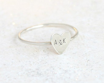 initial ring. silver heart ring. custom stacking ring. initial jewelry. personalized ring. couples ring. best friend ring. bridesmaid gift.