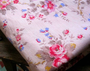 1950s Fabric Vintage  Floral Fabric - Shabby Chic Fabric For Sewing - Patchwork,Quilting Fabric  - French Florals, Stunning 50s Florals,