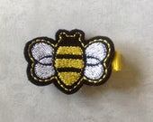 Felt Bumble Bee Hair Clip, Toddlers Hair Clips, Girls Hair Bows, Black and Yellow Bumble Bee, Felt Clippies, Felties, Hair Bows, Hair Clips