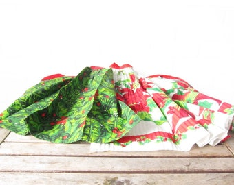 Vintage Christmas Aprons - Set of Two Festive Holly and Poinsettia Pleated Aprons - 1960s Mid-Century Kitsch Holiday Aprons - Hostess Gift