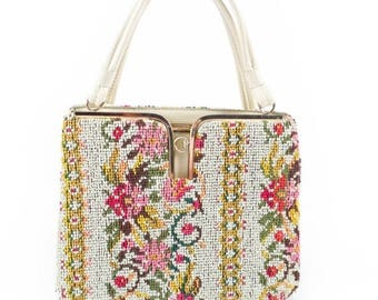 40% OFF SALE Vintage 1960s Purse // 60s Purse // Tapestry Purse // Carpet Purse // Carpet Bag Purse // Floral Purse