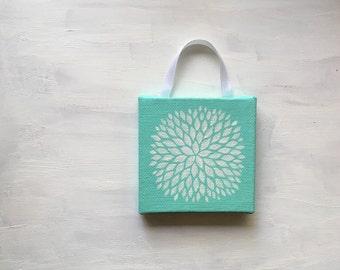 Portable painting - Petal Burst on Turquoise