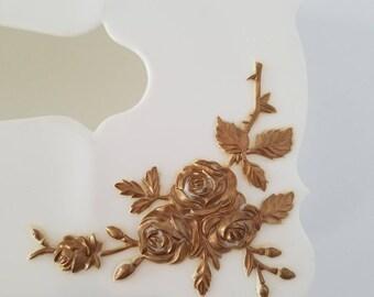 Vintage White Tissue/Kleenex Holder