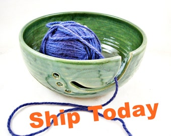 Large green pottery yarn bowl with hand carved peacock feather design, great gift for knitter, mother's day gift under 50 - In stock