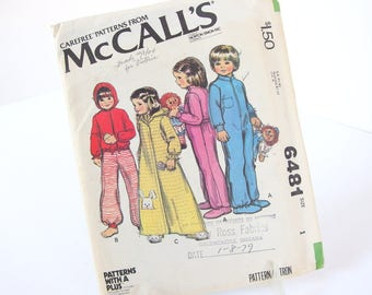 Vintage 1970s Children's Hoodie Pajama Sewing Pattern - McCall's 6481 - Chest 20 Inches