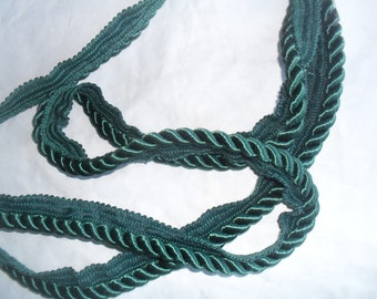 Piping in Dark Green Twisted Piping 1 yard plus