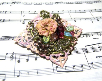 Pink Brooch Victorian Peachy Dried Flowers Gift Ideas  Gifts Top Selling Jewelry Flower Pin Vintage Brooch
