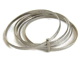 Silver Tone Bangle Bracelet with 5 Bangles Vintage