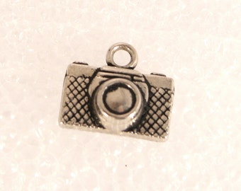 Vintage Silver Camera Charm SLR Camera Pendant Fob