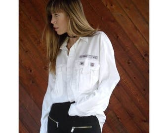 "25% off Flash Sale . . . White Cotton Embellished ""RESCUE PLATOON"" Shirt - Vintage 80s - L"