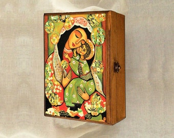 Virgin Mary and Jesus child, Madonna and child painting, wooden gift box, mother box, christian box, jewelry box, 7x10