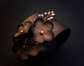 Copper color rustic Leather flower bracelet with pearls Floral wristband Leather jewelry
