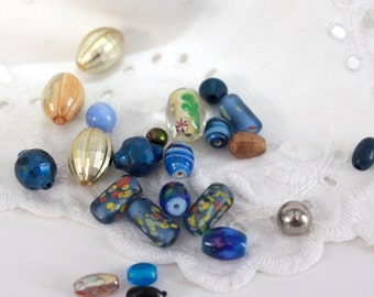 Mexicali Blues Vintage Bead Bonanza - 50+ Crafts, Trims, Jewelry