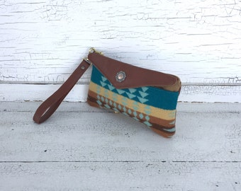 Navajo Patterned Wool & Leather Smartphone Wallet, iPhone 6 Plus, Wallet, Wristlet, Small Purse, Travel Organizer