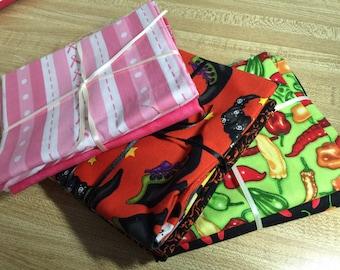 MYSTERY GRAB BAG Set of 3 Themed Fat Quarters Destash Bargain