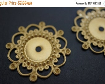 DECEMBER SALE Medium Size Plain Simple Raw Brass Round Filigree Stamping with Settings - 28mm - 10 pcs