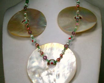 Giant MERMAID Shell Necklace, White Discs w Pink Pearls, Glass Beads Necklace, OOAK R Starr.   Mother of Pearl Bounty of The Seashells