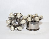 "Diamond and Pearl Flower Wedding Plugs 3/4"" 19mm Double Flare"