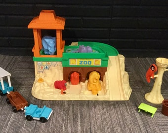 Vintage, 1980s, Fisher Price, Little People, Zoo with Zoo Train