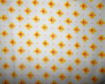 By the yard quilting cotton white yellow fabric sale