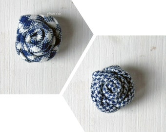 Men flower lapel pin. Men boutonniere. Men accessories. Rose boutonniere. Blue and white - Gingham or houndstooth