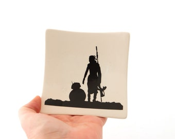 Star Wars (R) The Force Awakens (R) Rey and BB-8 soap dish - trinket tray - key plate - gifts under 10