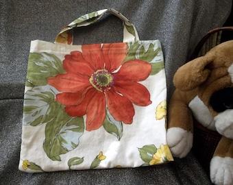 Book Lunch N Small Gift Tote Bag, Flowers N vines on Cream Print