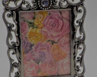 SHABBY AND CHIC and so Romantic - Picture Frame with Rhinestones - Including Stand -Ornate