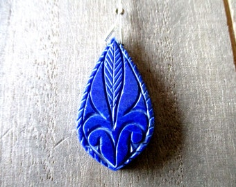 New Year SALE Lapis Lazuli carved briolette- 1 focal stone