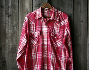 Red and White Plaid Shirt Country Western Mens Shirt Pearl Snaps Vintage From Nowvintage on Etsy