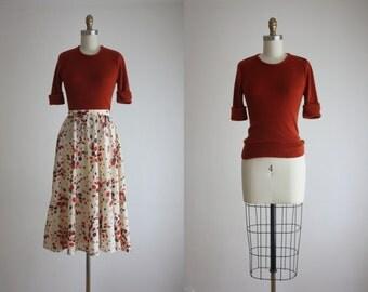 russet knit blouse