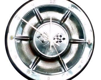Corvette Hubcap Clock '58 '59  with dots for numbering (v0810 hub cap)
