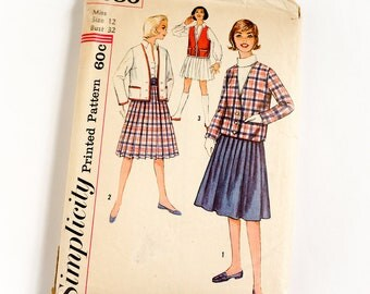 Vintage 1960s Womens Misses Size 12 Preppy Jacket Pleated Skirt in Two Lengths Simplicity Sewing Pattern 3080 Complete / bust 32 waist 25